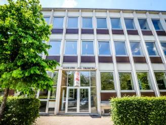 """Voormalig financiëngebouw staat te koop, stadsbestuur van Torhout toont interesse: """"Onderhandelingen zijn bezig"""""""