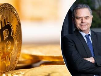 Bitcoin gaat door kaap van 25.000 dollar. Is het slim om er nog in te beleggen? Onze beursexpert legt uit