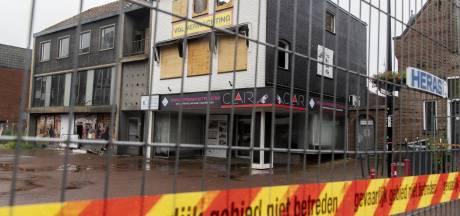 Worden de verpauperde winkelpanden aan de Markt in Haaksbergen nu afgebroken na uitslaande brand?