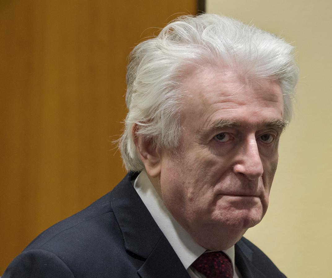 De voormalige politieke leider van de Serviërs in Bosnië-Herzegovina, Radovan Karadzic, tijdens het hoger beroep voor het Internationaal Strafhof, in 2019 in Den Haag.