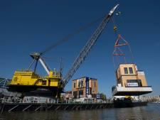 Eerste watervilla's landen in de Nassauhaven: 'Een mijlpaal!'