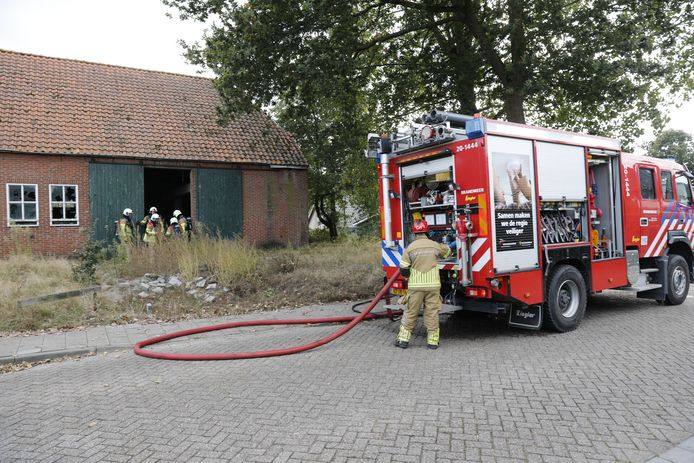 Brand in boerderij Hoogerheide.
