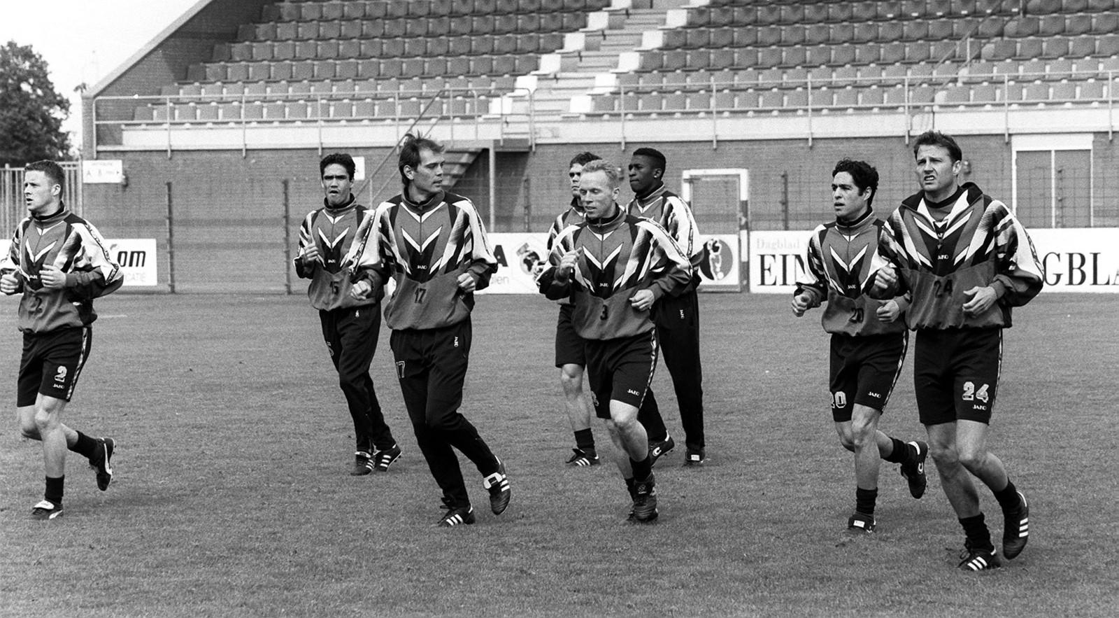 Boessen voetbalde van 1997 tot en met 1999 nog 2,5 seizoen voor Helmond Sport.