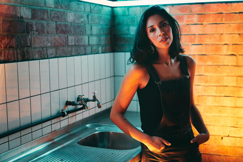 Danira Boukhriss: 'Ik heb toch al bewezen dat ik meer ben dan mijn uiterlijk? Ik ben niet de vrouwelijke alibi-Ali. Ik ben geen alibi-Dani.' Beeld Joris Casaer