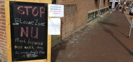 Rel over verkiezingsleuzen bij stembureau in Oudenbosch