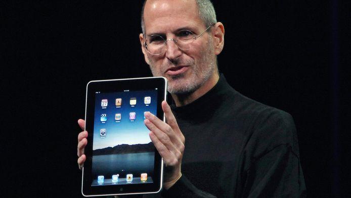 """Jobs qualifie le fait de se passer de Flash de """"trivial"""", reléguant au rang de détail un outil omniprésent sur la Toile."""