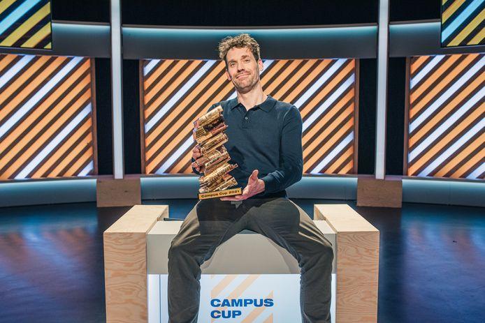 34 studententeams strijden tegen elkaar in het derde seizoen van de Campus Cup met Otto-Jan Ham. Een team van hogeschool Vives verdedigt vanavond de West-Vlaamse eer.