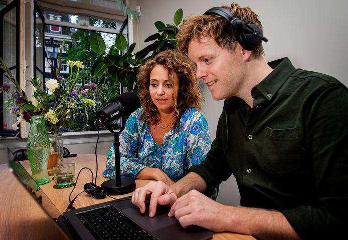 Susan Oostdam en partner Lex Uiting hebben een podcast gemaakt over baarmoederhalskanker.