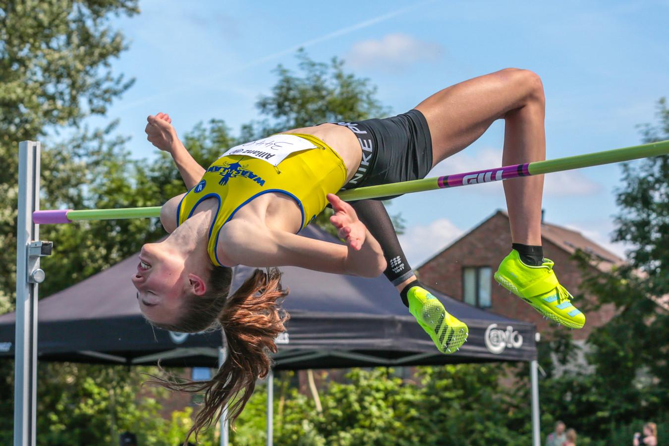 Merel Maes in actie op de Flanders Cup in Lokeren.