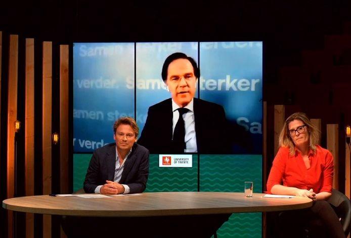 Mark Rutte vanuit Den Haag in gesprek met Sander Schimmelpenninck en Martha Riemsma