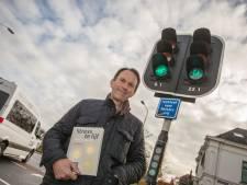 Peter Ribbens uit Barchem schrijft boek over wat te doen tegen stress: 'Probeer zelf de regie over je leven te houden'