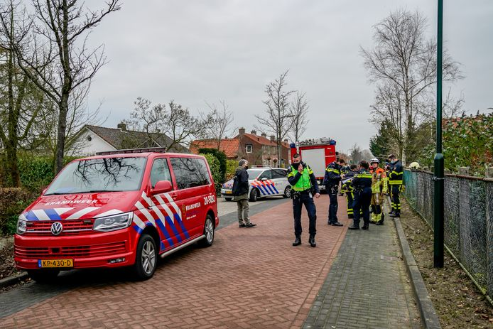 Mogelijk drugslab in loods ontdekt bij brand in Nieuwendijk