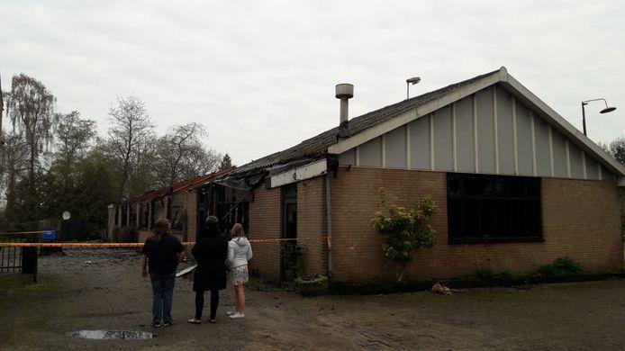 Brand verwoest feestzaal in Etten-Leur.