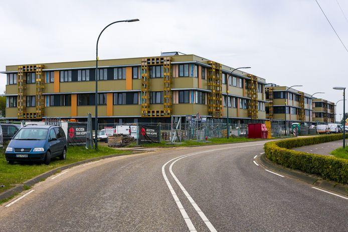 In de nieuwe campus op het bedrijventerrein in Waalwijk is ruimte voor 447 arbeidsmigranten.