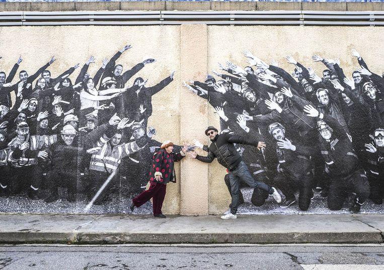Agnès Varda en street-artist JR. Beeld RV