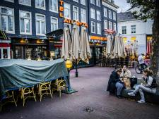 Halsema wil dat overheid terrassen opent vanwege drukte in parken