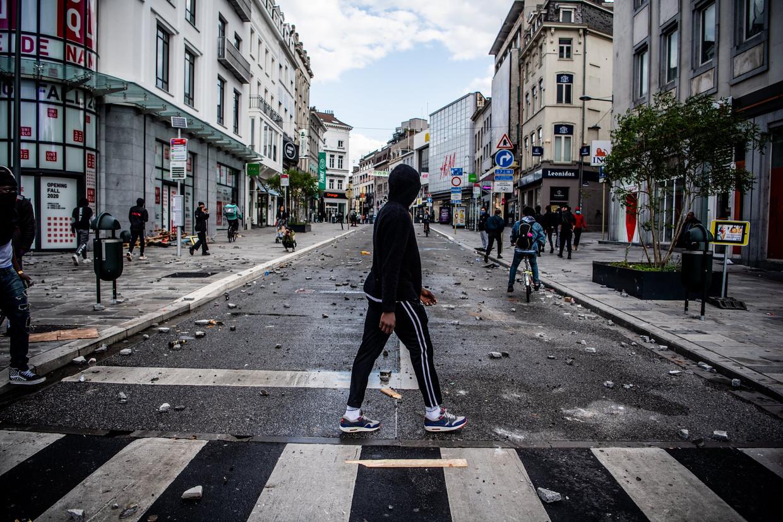 Jeugdwerker Emma: 'De agressie tegen de politie is een gevolg van een systeem dat zwaar tekortschiet. Maar wie dat zegt, is een linkse softie.' Beeld Photo News