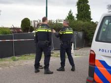 Wapens gevonden bij politieactie op terrein Jan B. in Hulten, topcrimineel blijft in cel