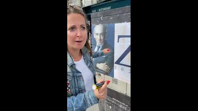 Charline Vanhoenacker lance un mouvement national de LOL activism : toi aussi, poste ton Zob !
