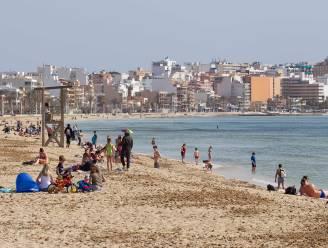 Nederlander (20) levensgevaarlijk gewond na val van balkon hotel Mallorca