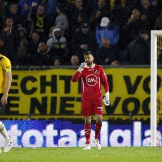 Feyenoord glijdt door de boterzachte linies van NAC heen (0-4)