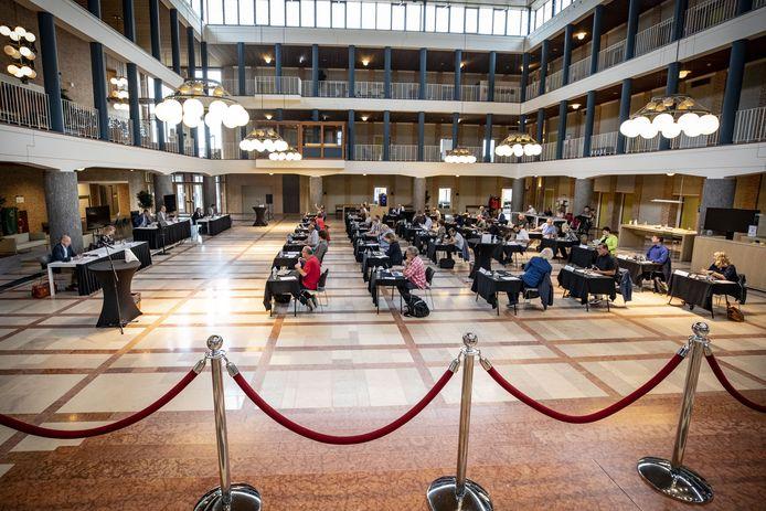 De passage over de 'zachte sector' had anders opgeschreven moeten worden, aldus burgemeester Sander Schelberg dinsdagavond tijdens de gemeenteraad van Hengelo.