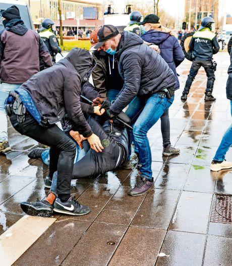 'Romeo's' tijdens rellen in Eindhoven: werken in een stenenstorm van buitencategorie