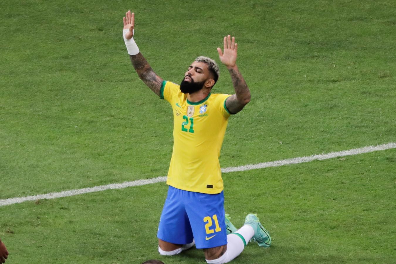 Invaller 'Gabigol' viert zijn goal tegen Venezuela.