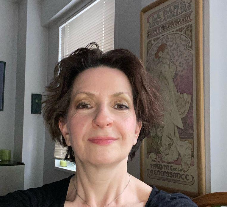 Valerie Gilbert: 'Weet je dat vrijwel alle beroemde acteurs satanisten zijn?' Beeld Arnon Grunberg