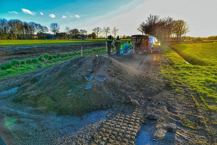 Bij het ongeluk in Bergeijk raakt een automobilist gewond.