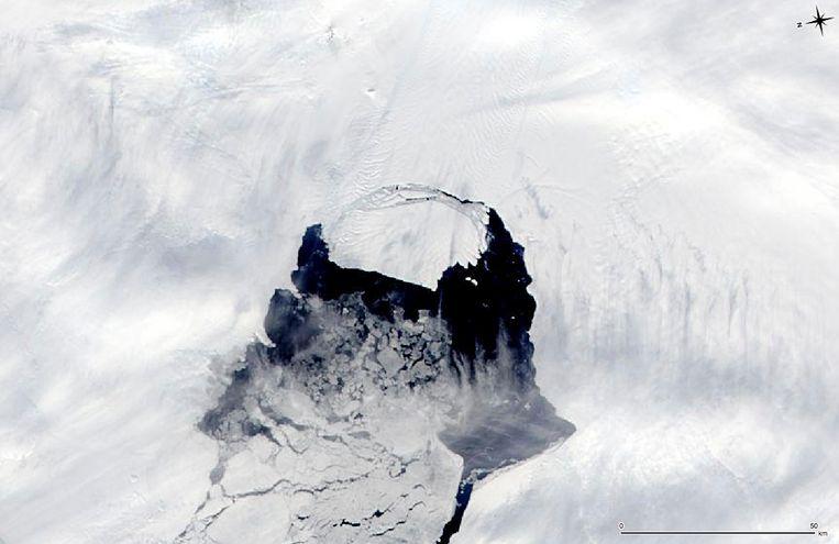 In 2013 gaf de NASA dit beeld vrij. Toen verloor de Pine Island-gletsjer er stuk ijs van 35 kilometer breed. Beeld Reuters
