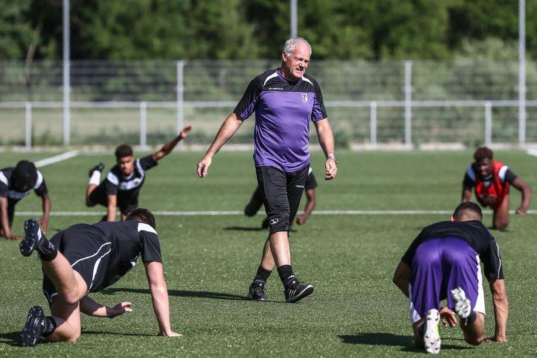 In het seizoen 2016-2017 maakte trainer met faam Guido Brepoels zijn entree, maar hij kreeg geen vrij spel. Beeld Borgerhoff