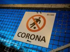Waarom krijgt het voetbal meer kritiek dan andere sectoren in de coronacrisis?