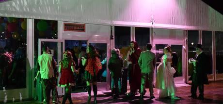 Sint Anthonis duikt met carnaval massaal de tent in