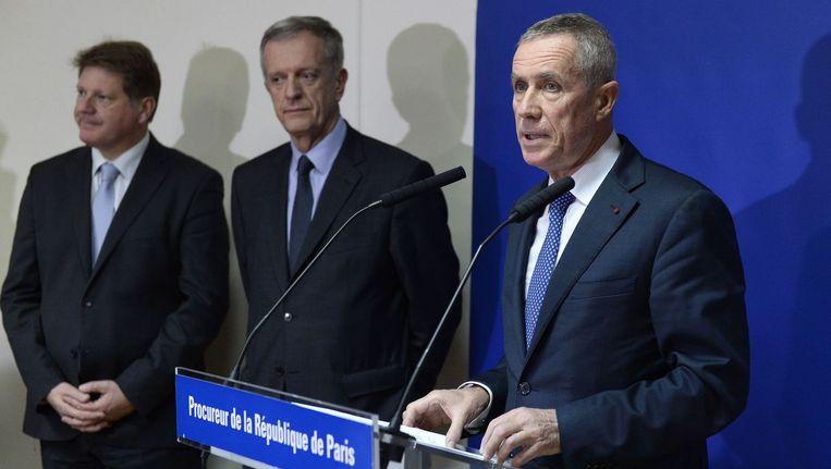 Franse aanklager Francois Molins tijdens de persconferentie woensdagavond Beeld anp