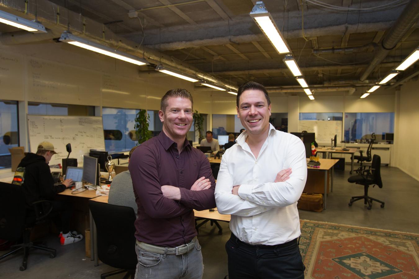 Jur Rademakers (links) en Paul Schrama van Edubookers.