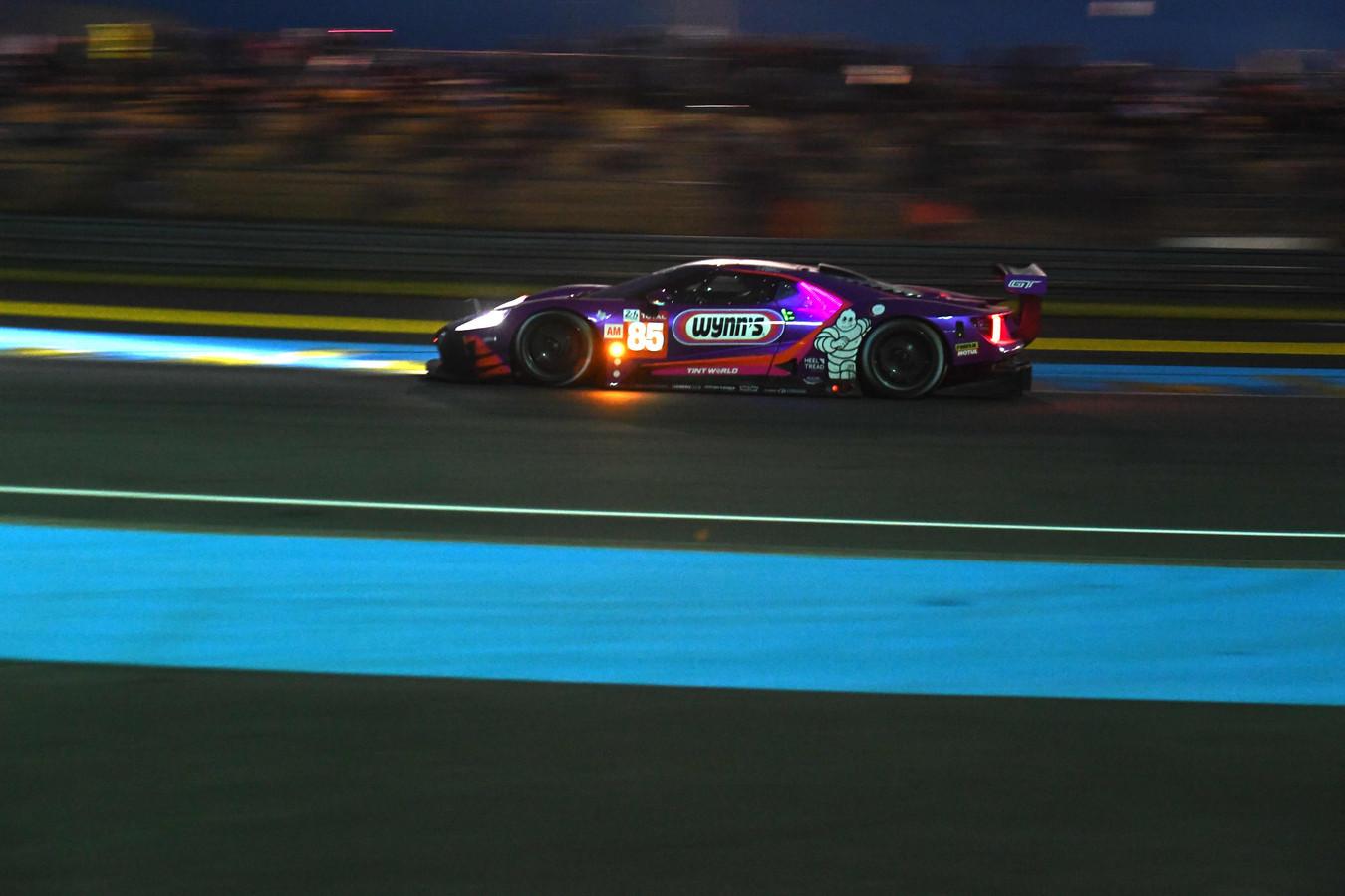 De Ferrari 488 GTE van Jeroen Bleekemolen tijdens de 24 Uur van Le Mans.