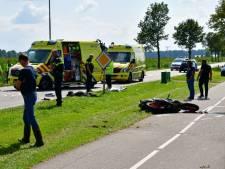 Motorrijder zwaargewond bij ongeluk in Angerlo; weg afgesloten voor verkeer