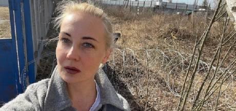 Navalny's vrouw na eerste bezoek in strafkamp: 'Ik maak me nu nog meer zorgen om hem'