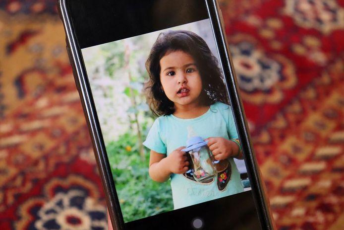 Een van de kindjes die omkwamen bij de explosie.
