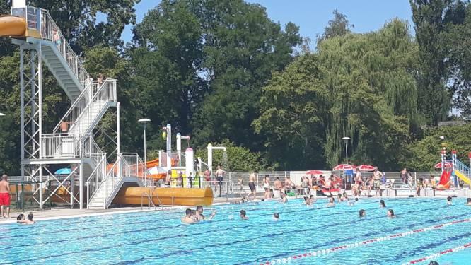 Openluchtzwembad Vita Den Uyt extra geopend door zomerse temperaturen
