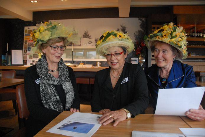 Drie 'Spatjes': Antonique Deley, Margie Dieterman en Anne Wesstra.
