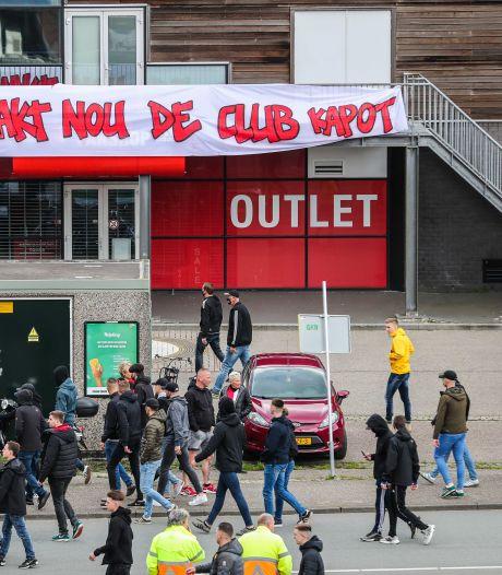 Ook Feyenoorddirecteur Koevermans en jurist kregen 'huisbezoek' van harde kern: 'Pure intimidatie'