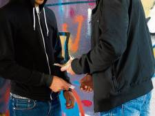 Politie betrapt drugsdealers op heterdaad en pakt ze op in Nieuwegein