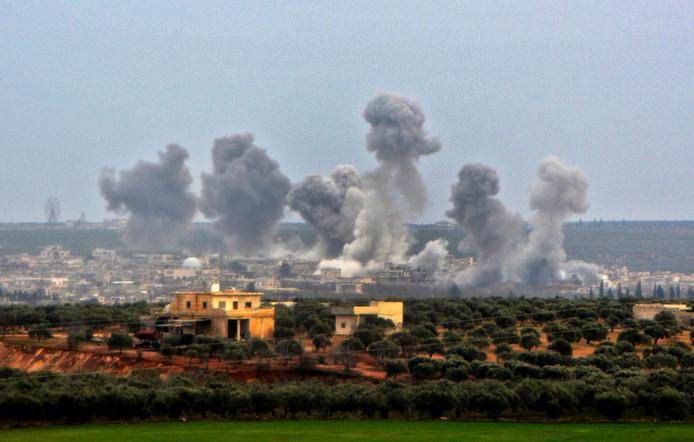 De vernietiging was volgens Turkije een vergelding voor de luchtaanvallen van donderdag in de omgeving van Idlib, zoals deze op het dorp Qaminas zo'n zes kilometer ten zuiden van de stad.