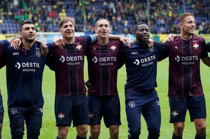 Vreugde bij Willem II na de overwinning op Fortuna Sittard.