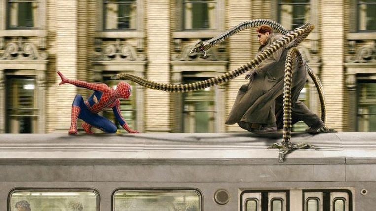 Tobey Maguire en Alfred Molina in Spider-Man 2 . Beeld