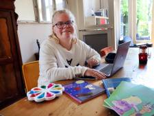 Lauri (22) schreef al vier boeken, ondanks haar licht verstandelijke beperking: 'Schrijven gaat vanzelf'