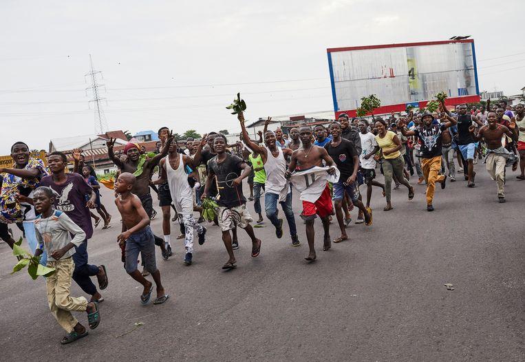 Aanhangers van Tshisekedi vierden de overwinning op straat, hier in Kinshasa.