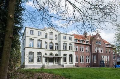 Bouw hotel in klooster Seminarieweg Bavel stilgelegd